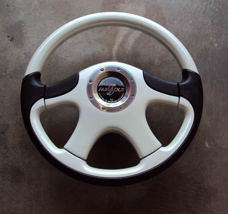 FABULOUS Luxury II Steering Wheel Pearl White 360mm 01