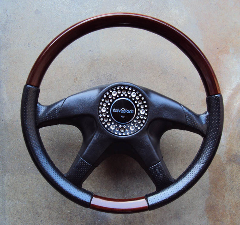 Garson Italvolanti Swarovski Steering Wheel 360mm 01