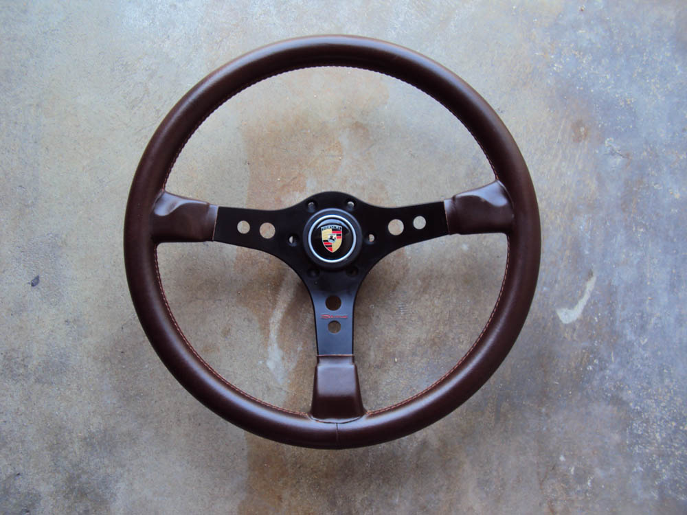 Raid Porsche Steering Wheel