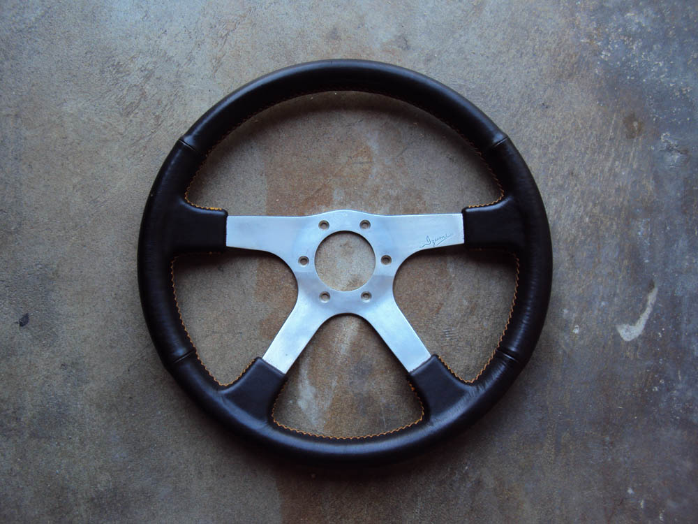 Izumi Old School JDM Steering Wheel