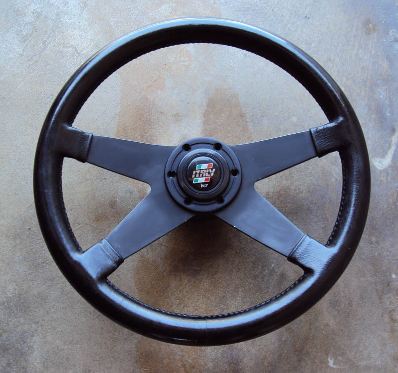 MOTO-LITA FRANCE Explorer Steering Wheel 01