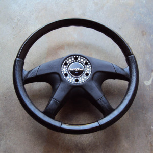 Italvolanti Garson Swarovski Crystal Ring Steering Wheel 02