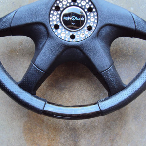 Italvolanti Garson Swarovski Crystal Ring Steering Wheel 05