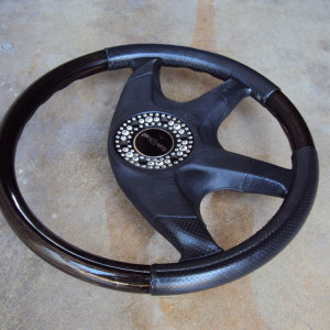 Italvolanti Garson Swarovski Crystal Ring Steering Wheel 08