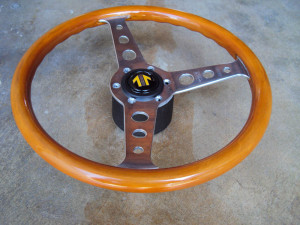 MOMO Super Indy Wood Steering Wheel