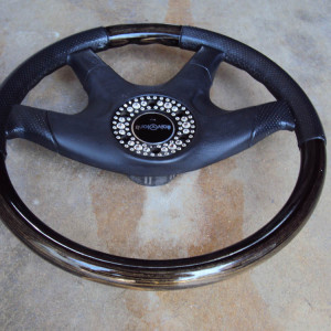 Italvolanti Garson Swarovski Crystal Ring Steering Wheel 10