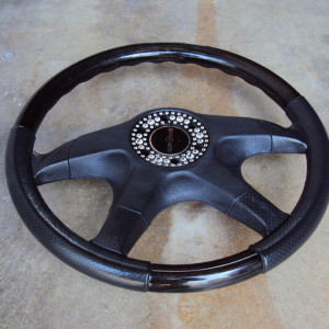 Italvolanti Garson Swarovski Crystal Ring Steering Wheel 11