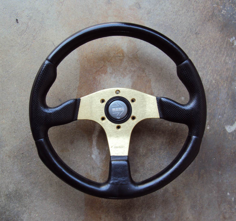 MOMO Race Anodized Gold Steering Wheel 01