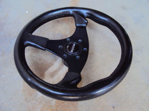 BC Italy 320mm Steering Wheel with MOMO Horn Button