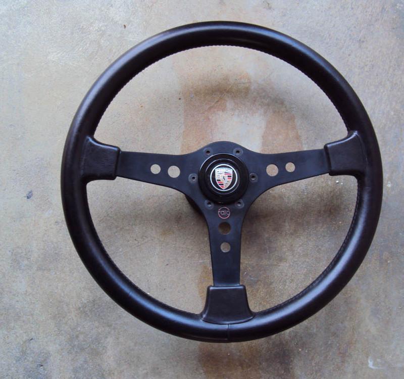 Raid One Steering Wheel Porsche 01