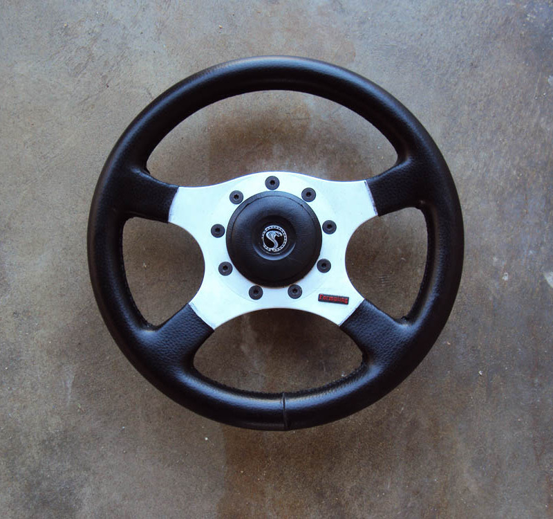 Formuling France Steering Wheel 4 Spoke 325mm 01