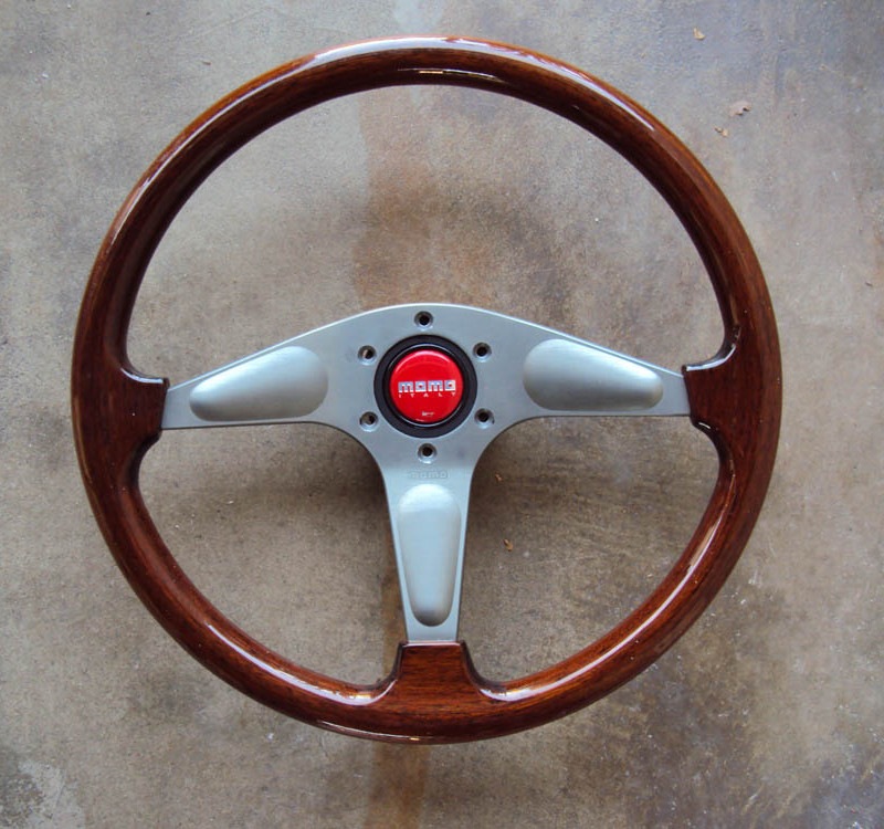 MOMO Gun Metal Teardrop Wood Grain Steering Wheel 01