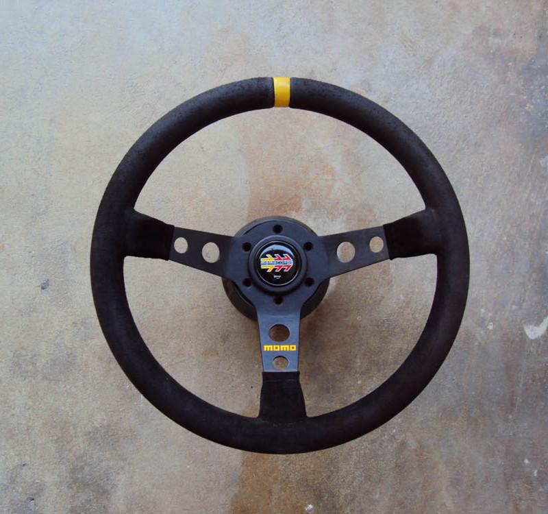MOMO MOD.07 Steering Wheel Suede 01