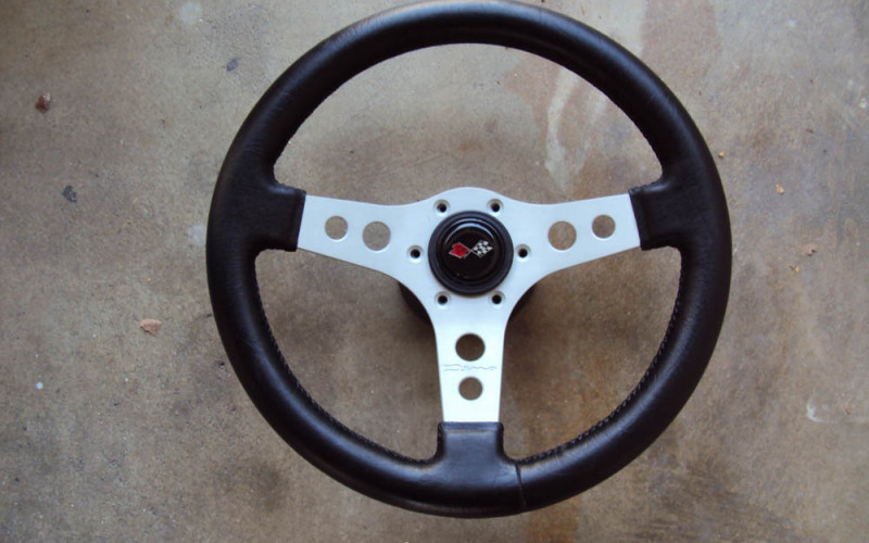 Raid Dino 3 Spoke Steering Wheel 350mm