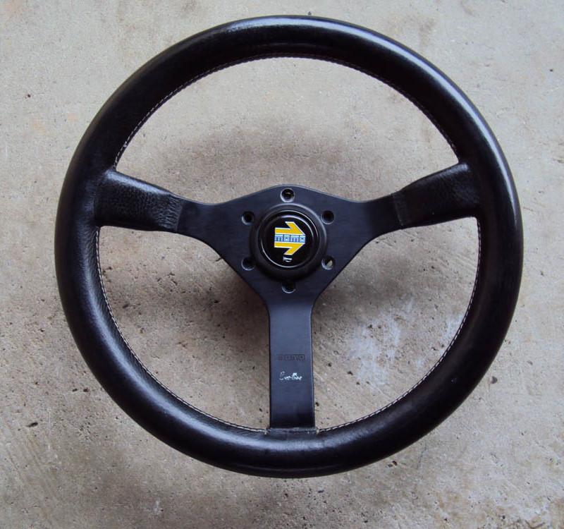 MOMO Cavallino Steering Wheel 350mm 01